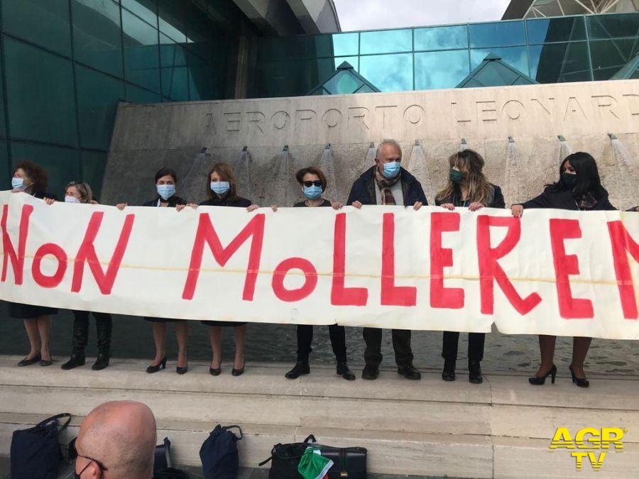 Fiumicino unita: in lotta con i lavoratori e lavoratrici Alitalia