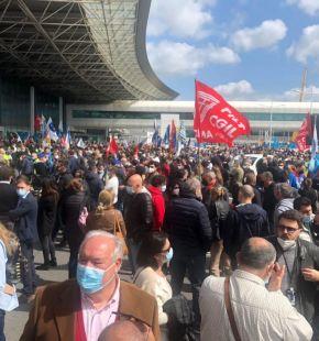 Alitalia, domani sciopero nazionale 24 ore Trasporto aereo