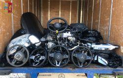 Scoperto magazzino di ricambi auto smontati da veicoli rubati, denunciati due albanesi