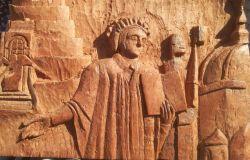 Scultura Dante in legno di Salvatore Dattolo