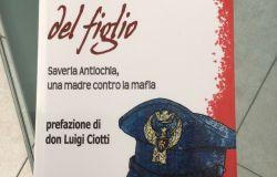 Agente di scorta ucciso dalla Mafia, il fratello dona un libro in suo ricordo al Commissariato di Porta Pia