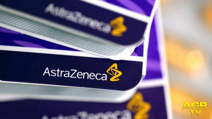 Vaccino AstraZeneca, agende aperte per gli over 70