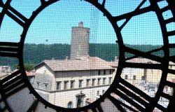 Nemi, torna a battere l'ora il campanile di Santa Maria del Pozzo