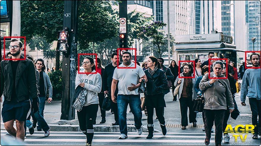Riconoscimento facciale: Il garante stoppa il Viminale bocciando l'utilizzo della videosorveglianza con riconoscimento facciale