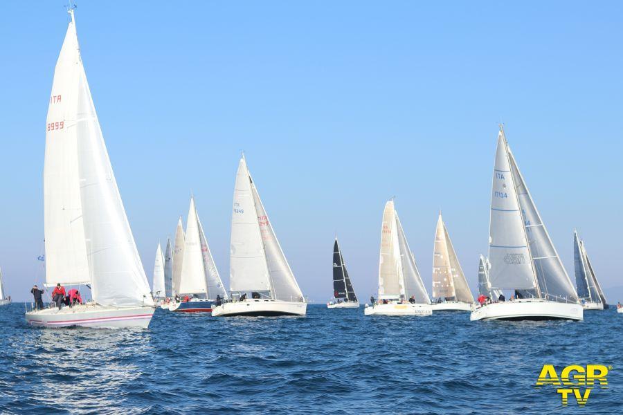 Vela, a Fiumicino riparte la vela d'altura dei maxiyachts con il Trofeo dei Porti Imperiali