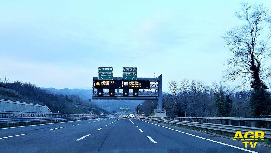 A1 Milano-Napoli Panoramica: chiusura dei tratti Rioveggio-Pian del Voglio