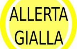 Pioggia e temporali forti, codice giallo martedì 11 maggio in tutta la Toscana occidentale