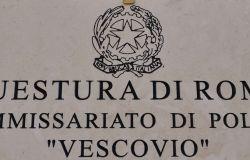 Roma. Arrestato dalla Polizia di Stato ladro seriale di pneumatici, era l'angoscia dei residenti del quartiere africano