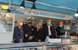 Fiumicino , inaugurato il nuovo plateatico per il pesce, ora bisogna assegnare tutte le postazioni
