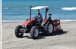 trattore al lavoro per vagliatura sabbia