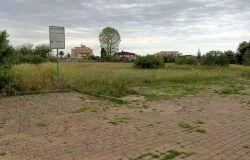 Fiumicino, in via Giuseppe Bastianelli, all'Isola Sacra il parco dimenticato