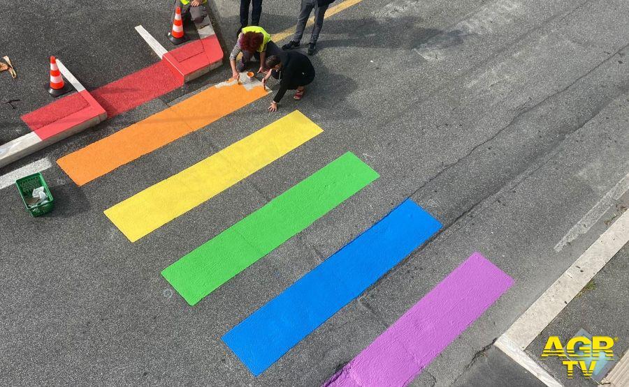 strisce pedonali colorate