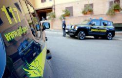 Guardia di Finanza di Prato: due arresti per sfruttamento lavorativo ed evasione fiscale