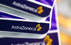 """Covid, per due settimane 'Vaccino Day"""" con AstraZeneca per tutti i nati dal 1981 in giù"""
