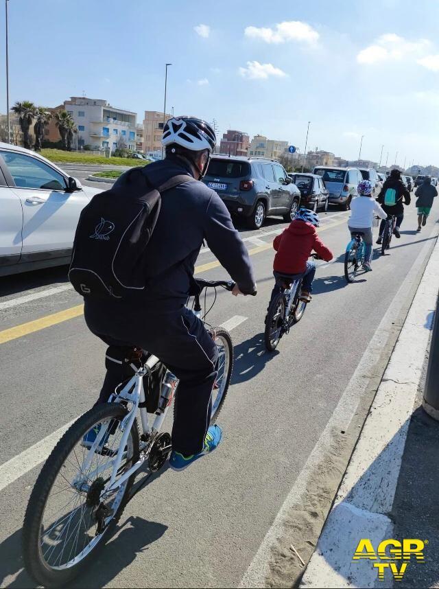 Ostia, bus e treno più bici, previsto piano di ciclabili interconnesse con il Tpl