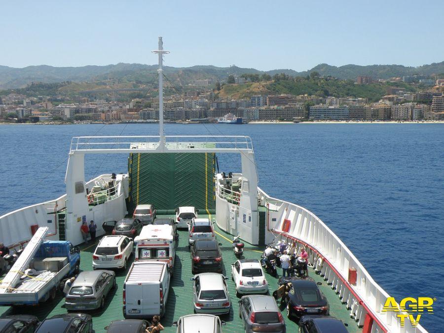 traghetto per Palermo