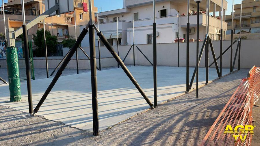 Fiumicino, vandalizzato il campo da basket nel Parco Simone Costa: arrabbiatissimi i gestori dello spazio