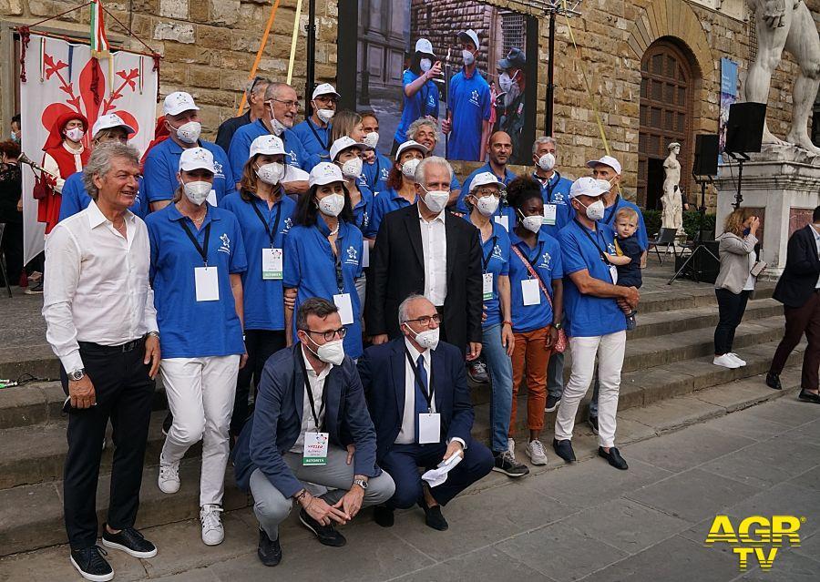 Foto di gruppo Presidente regione Toscana Eugenio Giani,Atleti , Giancarlo Antognoni