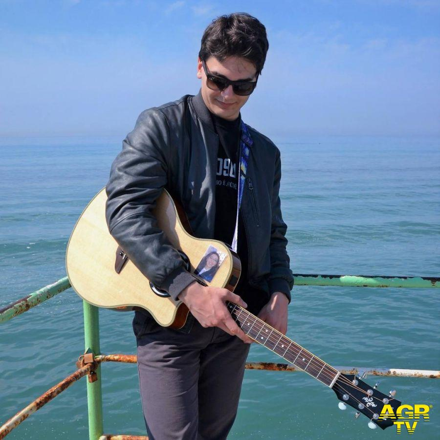 Francesco Maritati: emozionarsi con la musica....significa guardare il mondo con altri occhi
