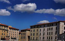 Livorno conoscerla attraverso la navigazione dei Fossi.
