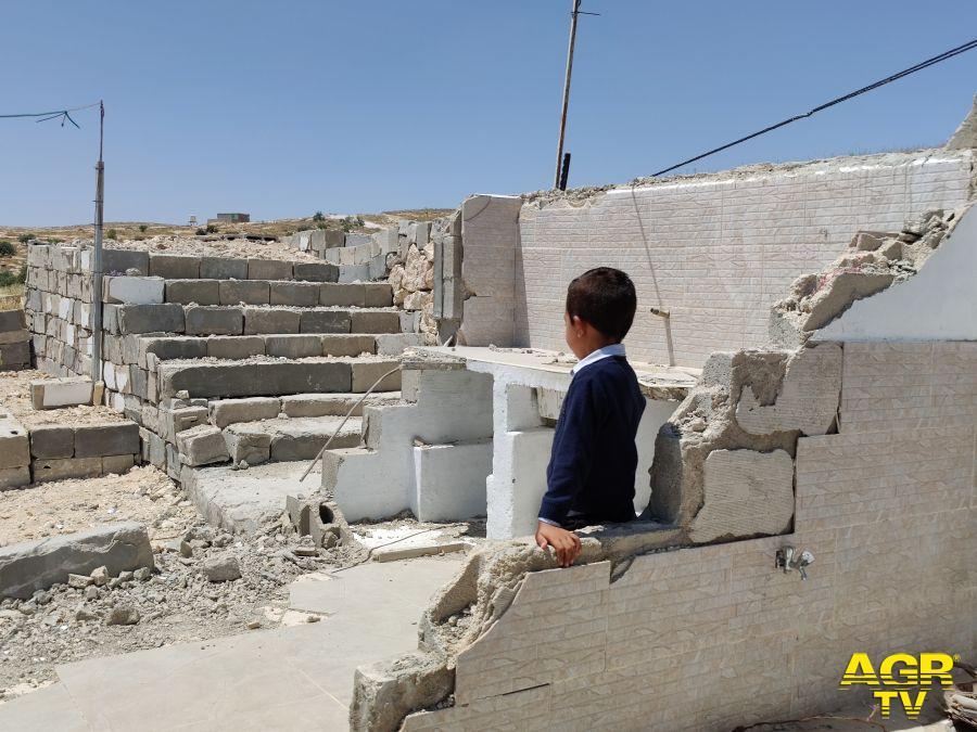 """Cisgiordania e Gerusalemme Est, quattro bambini su cinque si sentono """"abbandonati dal mondo"""""""