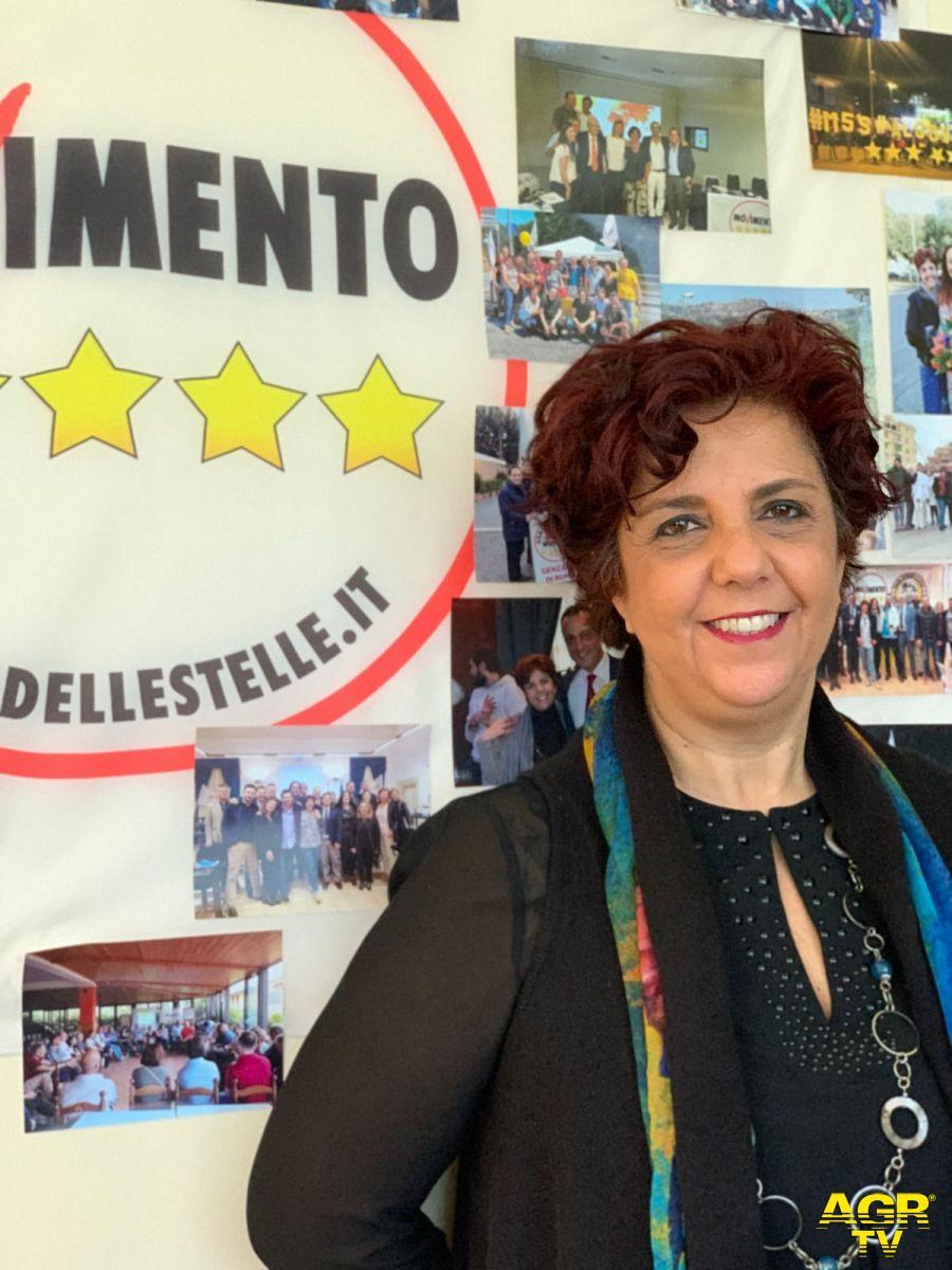 Francesca De Vito - M5S: Grillo riporta Rousseau al centro della piazza