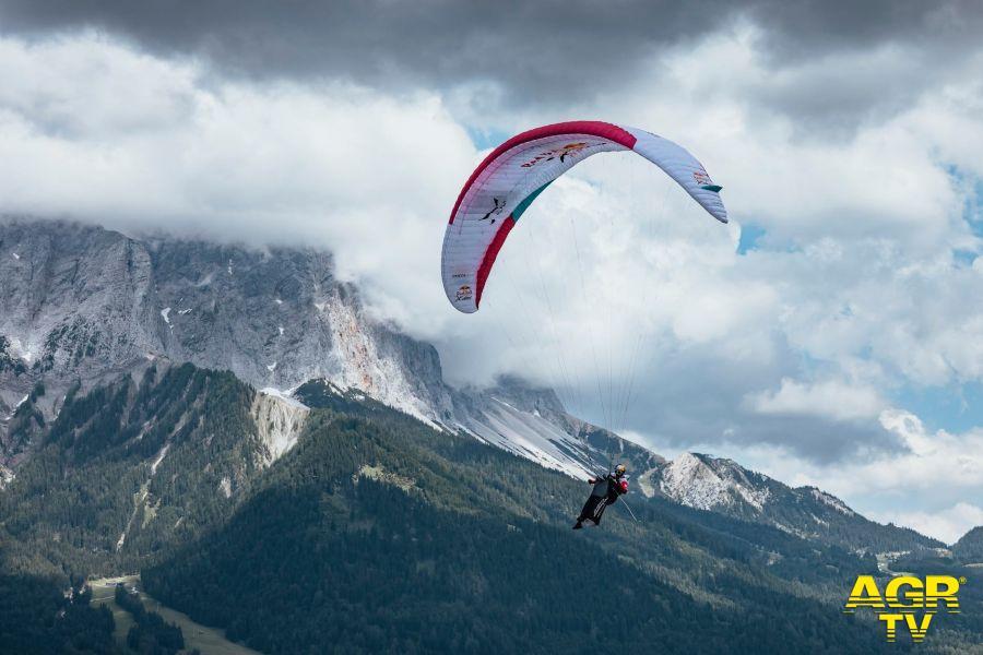 Volo in deltaplano e parapendio dal Monte Bianco al Friuli