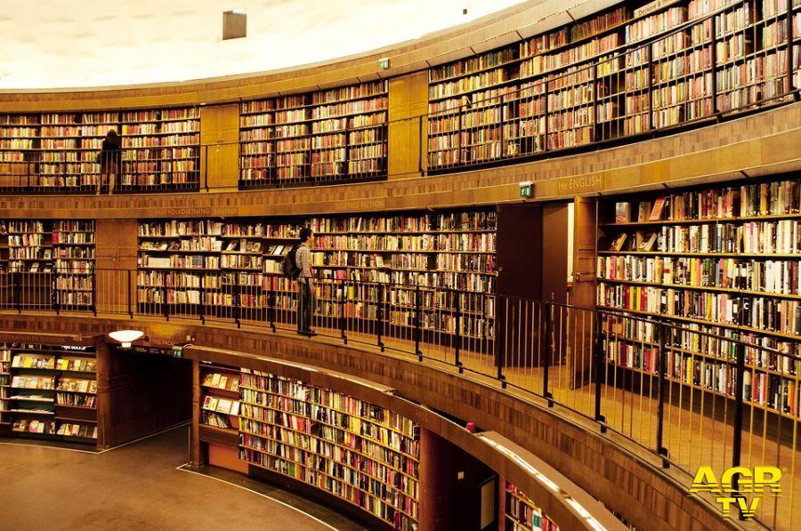 Letterature letture in librerie....