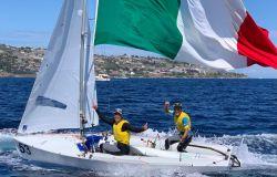 Vela il romano Marco Gradoni e Alessandra Dubbini fanno sognare l'Italia.... titolo mondiale 470 cat. Mixed