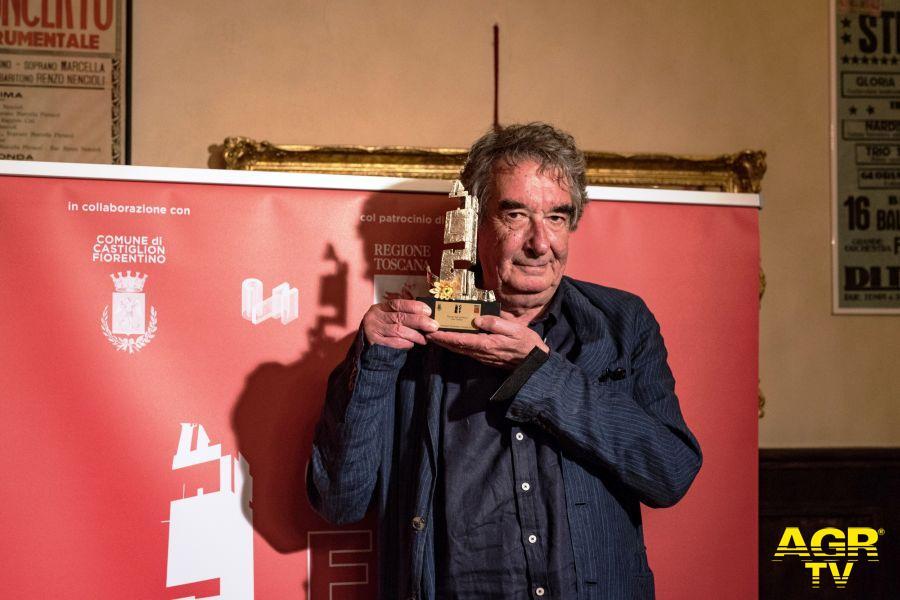 Neri Parenti con il premio del Castiglioni Film Festival