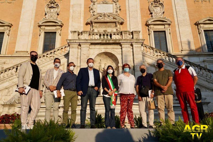 Virignia Raggi con Mario Baccin i in Campidoglio per la cerimonia d'inaugurazione