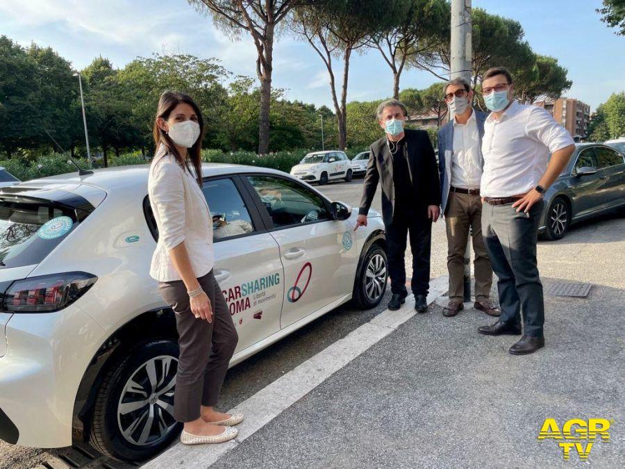 car sharing Roma con sindaca Raggi