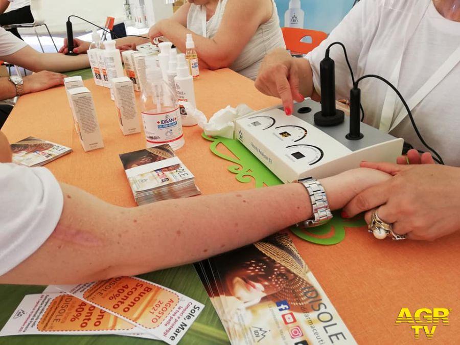 screening pelle prima di esporsi al sole