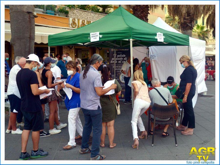 le recenti vaccinazioni in piazza Anco Marzio