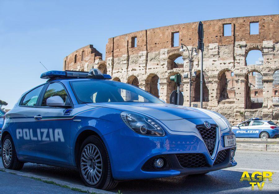 Colosseo sorvegliato speciale, blitz delle forze dell'ordine contro gli ambulanti