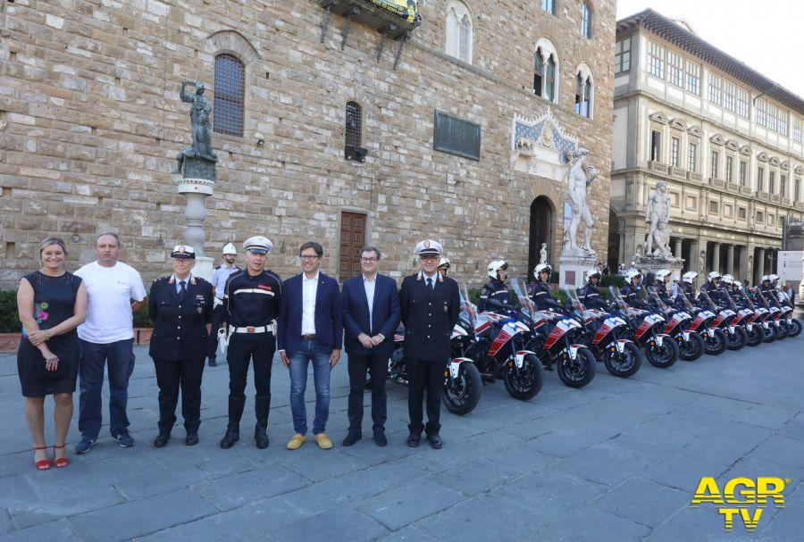 Comune di Firenze Firenze. Sulle strade 12 nuove moto della Polizia Municipale