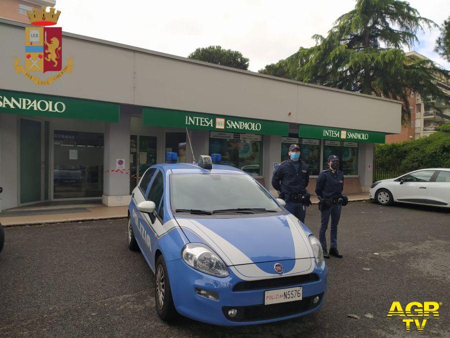 Roma, massima allerta e controlli intensificati, nella rete della polizia finiscono in quattro