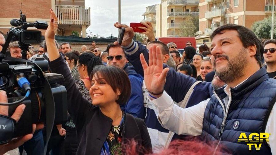 Monica Picca con Salvini nei sopralluoghi alle case di Nuova Ostia