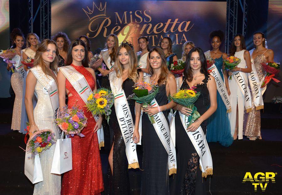 Miss Reginetta d'Italia e le miss fasciate