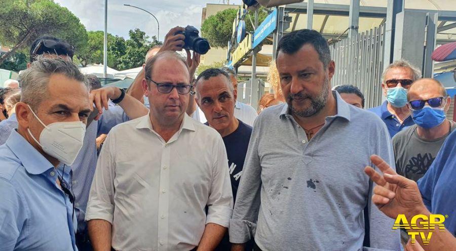 Bordoni con Salvini in un sopralluogo in uno dei mercati romani