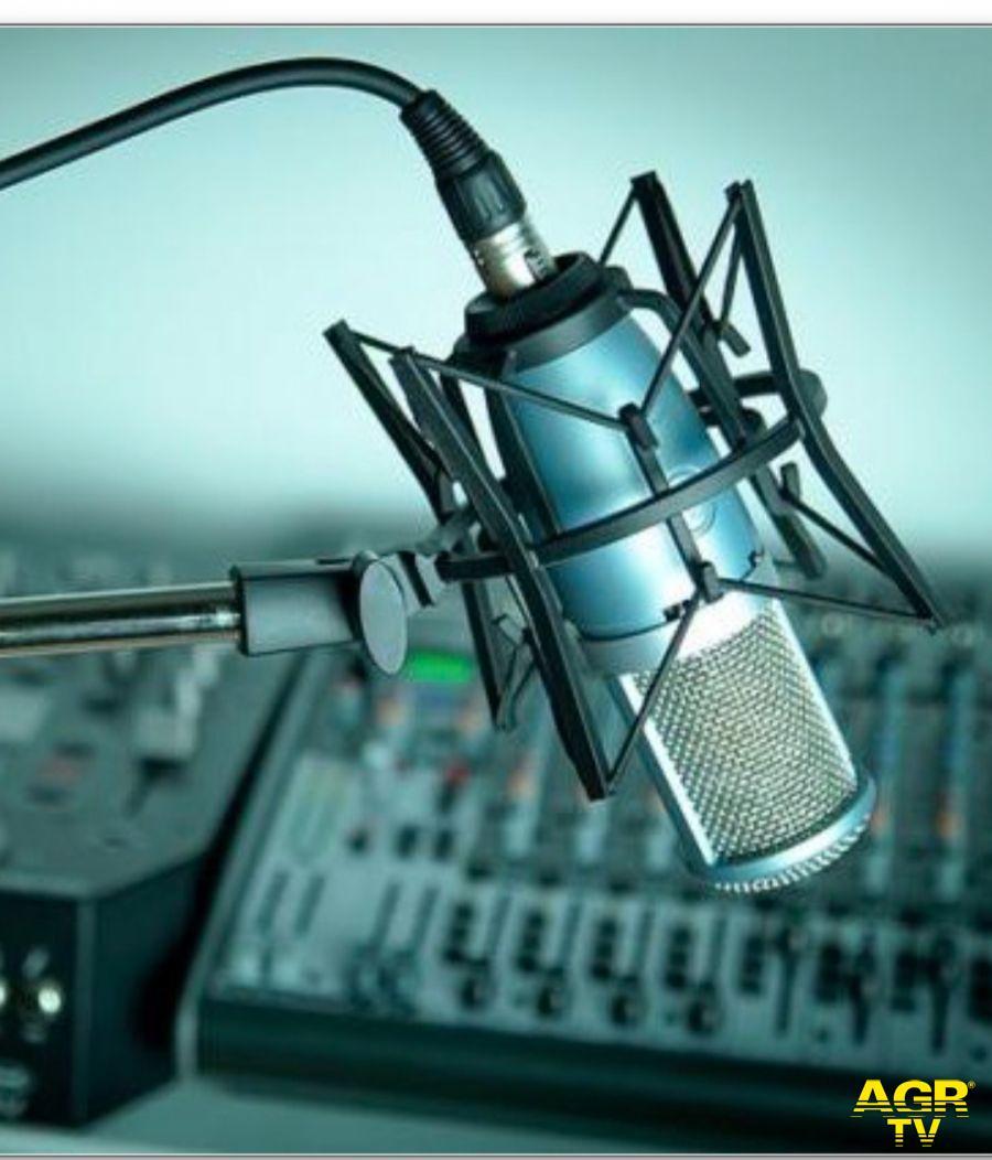 Minacce di morte all'emittente radiofonica Controradio