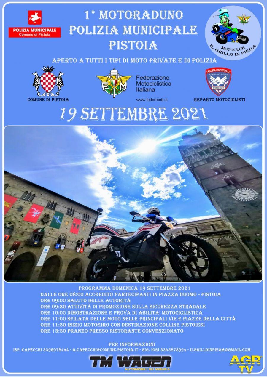 Comune di Pistoia Pistoia. Domenica 19 settembre in piazza del Duomo motoraduno della Polizia Municipale