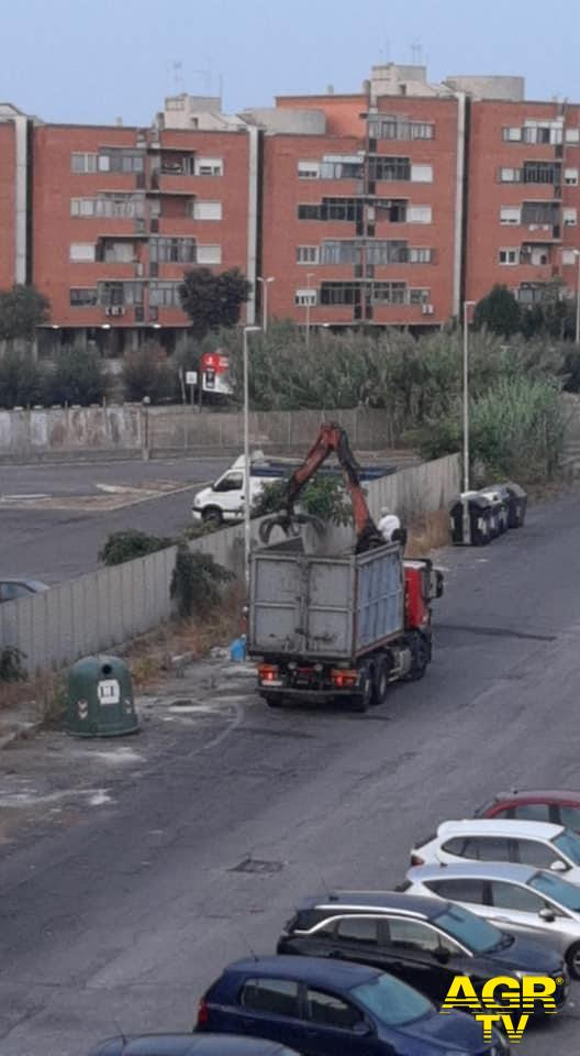 Ostia ponente, i cittadini chiedono l'installazione di telecamere contro le discariche