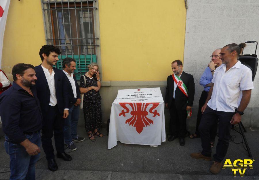 Comune di Firenze Firenze. Una targa per ricordare Tiziano Terzani