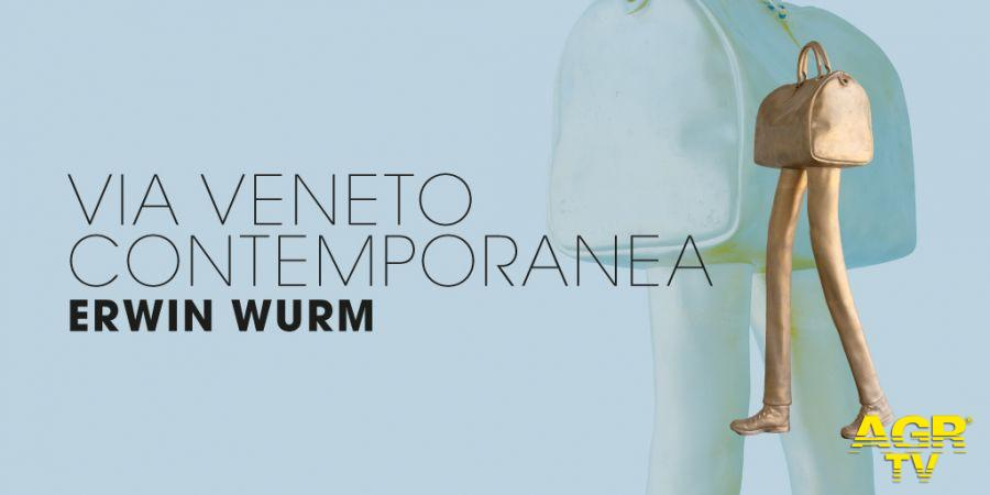 via veneto contemporanea erwin wurm locandina