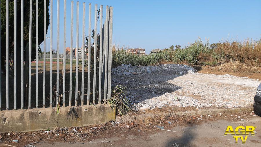 Acilia - Ancora sui rifiuti abbandonati