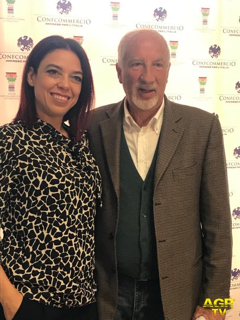 Mario Falconi con Valeria Strappini, presidente Ascom