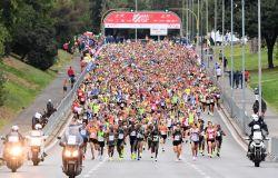 RomaOstia la festa dell'atletica alla maratonina più partecipata d'Italia, vince un etiope che precede in volata l'italiano Meucci