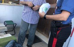 Carabinieri brava gente....sempre accanto agli anziani ed alle persone deboli