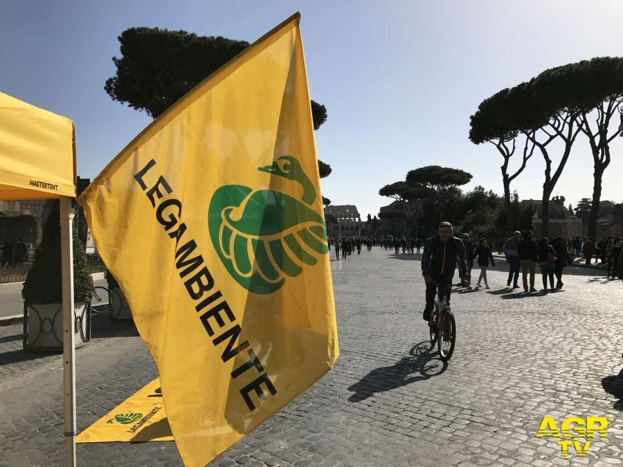 Roma, Via libera....domani oltre 15 Km dedicati a pedoni e ciclisti